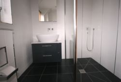 Wetroom 5